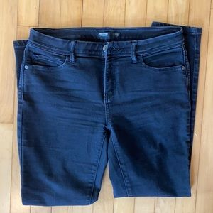 Simply Vera High Waisted black skinny jeans